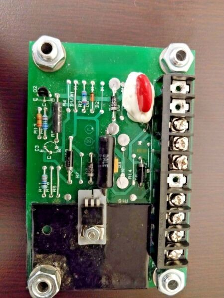 Sauer Danfoss KE04110 Valve Drive Amplifier ~ Current/Voltage Actuator